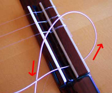 Guitar String Knot : restringing a classical guitar how to tie those knots pictures instructions ~ Vivirlamusica.com Haus und Dekorationen